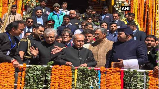President Pranab Mukherjee with CM Rawat and Governor Paul arrive at Badrinath Temple in Uttarakhand