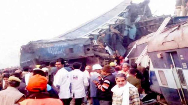 kanpur railway accident happend because of Track fracture