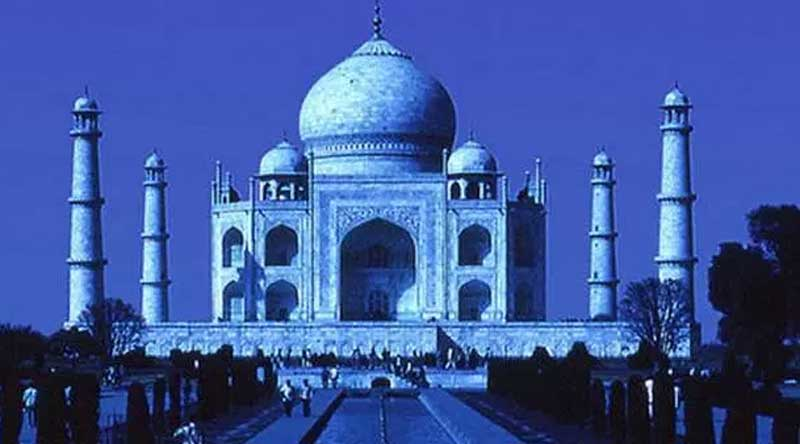 Yogi Adityanath will go to see the Taj Mahal which is said to be a black spot