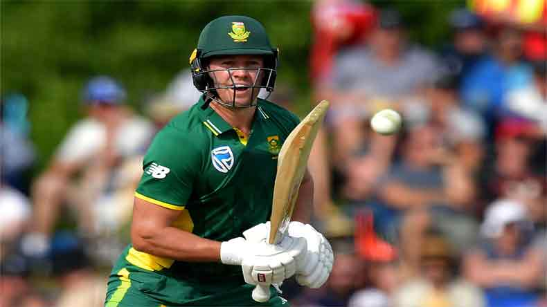 South-African-Cricketer-AB-De-Villiers-Playing-Indian-Premier-League