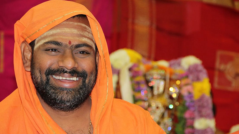 Swami-Paripoornananda-entry