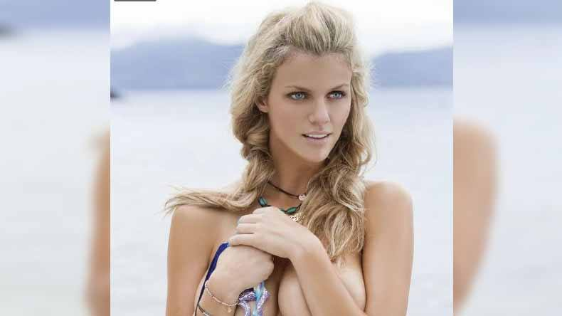 Brooklyn Decker Hot Bikini photo: Brooklyn Decker sexy photo goes viral