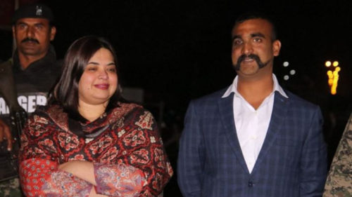 Who was the women that escorted wing commander Abhinandan to the Wagah border and then returned