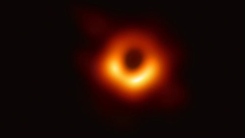 First-Photo-of-Black-hole