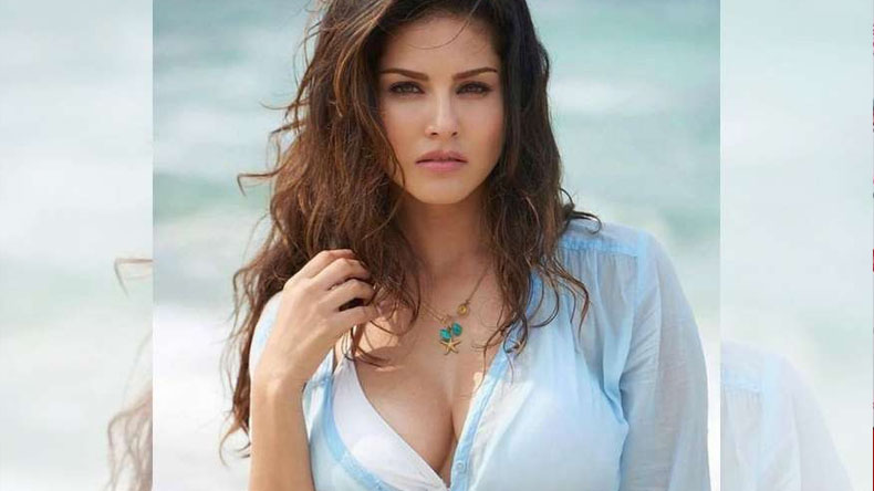 Sunny Leone hot seductive video will make your day, take a look