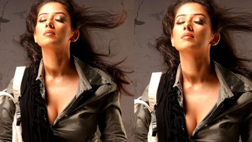 Manisha koirala set the internet fire with her sexy video have a look