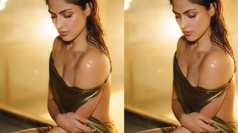 Rhea Chakraborty sexy video is too hot to handle, have a look
